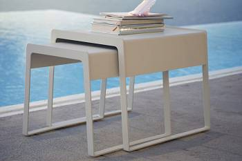 Cane-line Chill-Out Sidetable